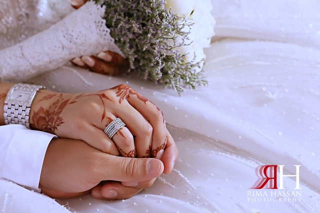 Grand_Hyatt_Wedding_Dubai_Female_Photographer_Rima_Hassan_bride_groom_hands