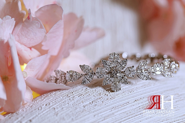 Jawaher_Sharjah_Wedding_Dubai_Female_Photographer_Rima_Hassan_bride_jewelry_bracelet