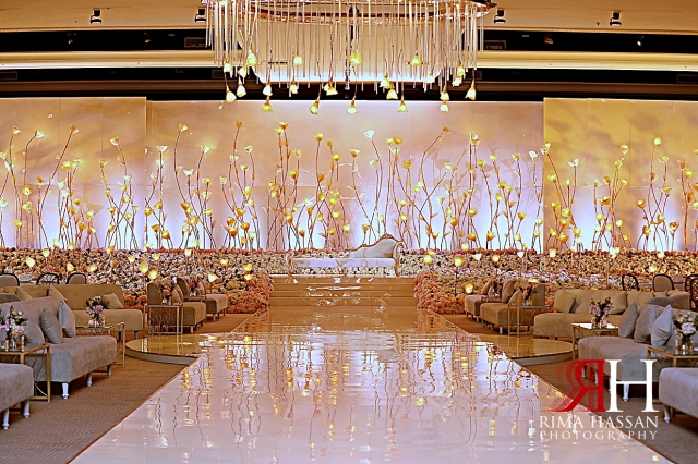 Jawaher_Sharjah_Wedding_Dubai_Female_Photographer_Rima_Hassan_dream_kosha_stage_decoration