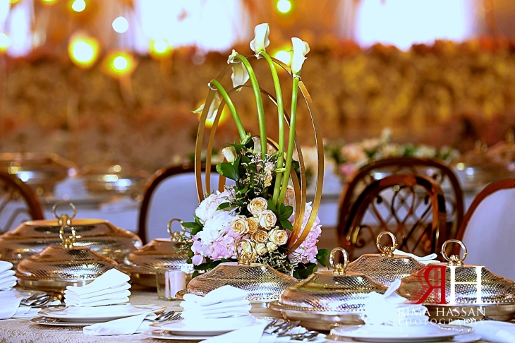 Jawaher_Sharjah_Wedding_Dubai_Female_Photographer_Rima_Hassan_kosha_stage_decoration_circle_Centerpiece
