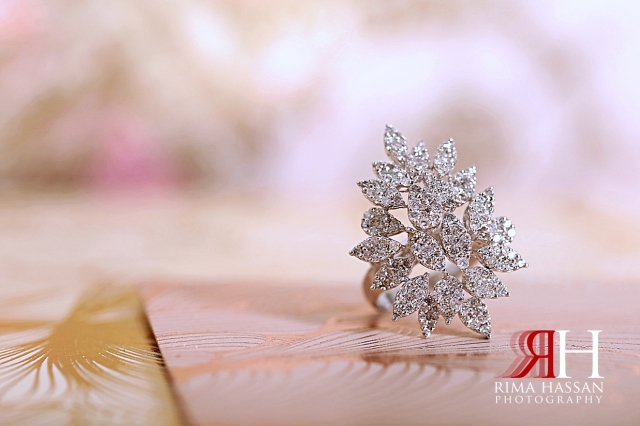 Palazzo_Versace_Dubai_Female_Photographer_Rima_Hassan_bride_jewelry_ring