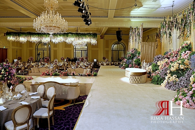 Palazzo_Versace_Dubai_Female_Photographer_Rima_Hassan_kosha_stage_ballroom_decoration