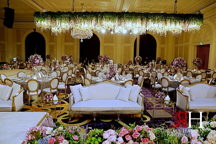 Palazzo_Versace_Dubai_Female_Photographer_Rima_Hassan_kosha_stage_decoration_ballroom