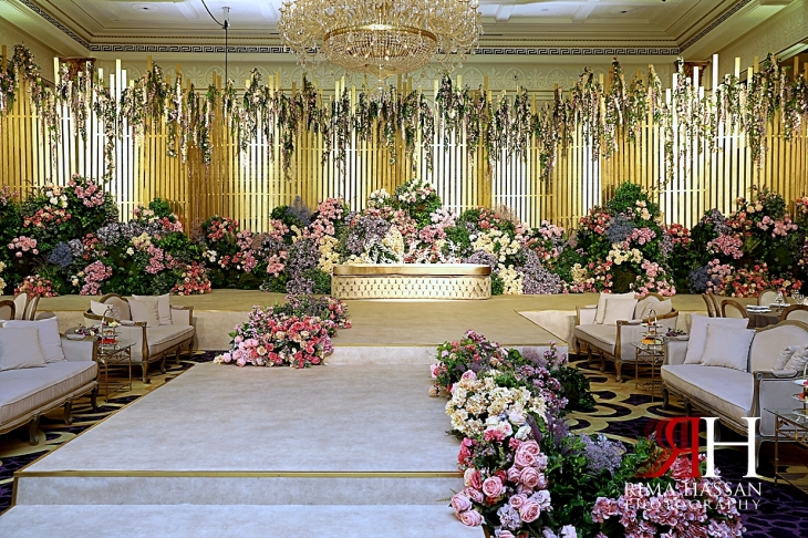Palazzo_Versace_Dubai_Female_Photographer_Rima_Hassan_kosha_stage_decoration_tibru