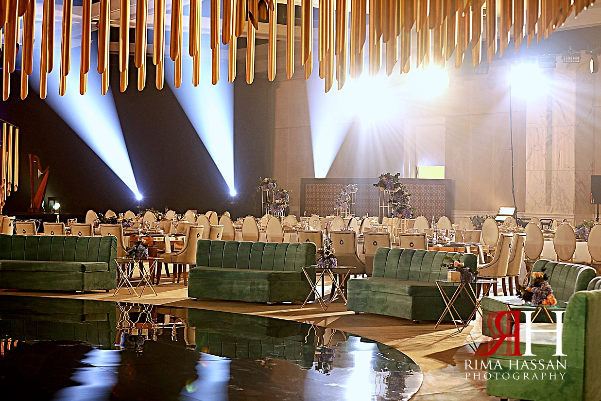 Jawaher_Sharjah_Wedding_Dubai_Female_Photographer_Rima_Hassan_stage_decoration_kosha_green