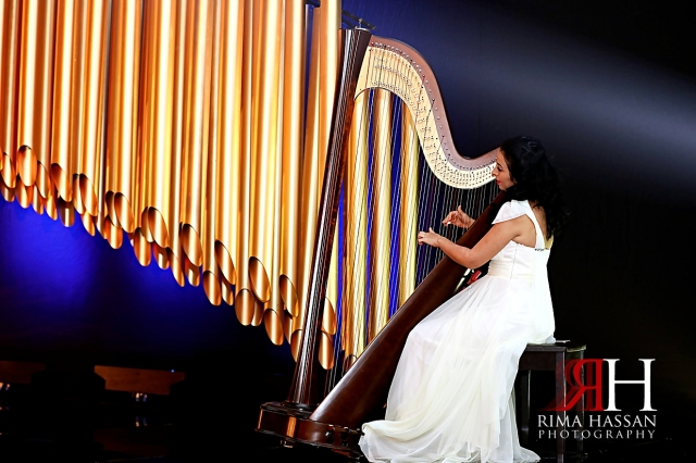 Jawaher_Sharjah_Wedding_Dubai_Female_Photographer_Rima_Hassan_stage_decoration_kosha_harper_player