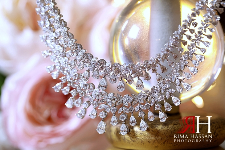 Grand_Hyatt_Wedding_Dubai_Female_Photographer_Rima_Hassan_bride_jewelry_necklace