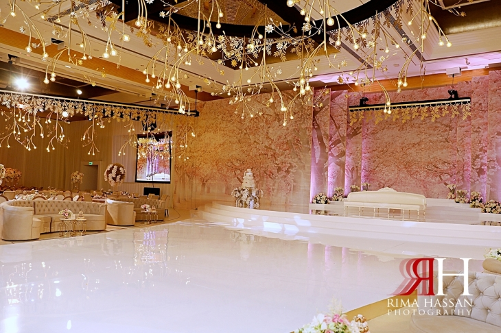Grand_Hyatt_Wedding_Dubai_Female_Photographer_Rima_Hassan_kosha_stage_decoration
