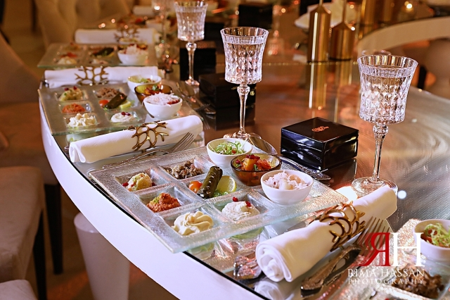 Grand_Hyatt_Wedding_Dubai_Female_Photographer_Rima_Hassan_kosha_stage_decoration_appetizer_table