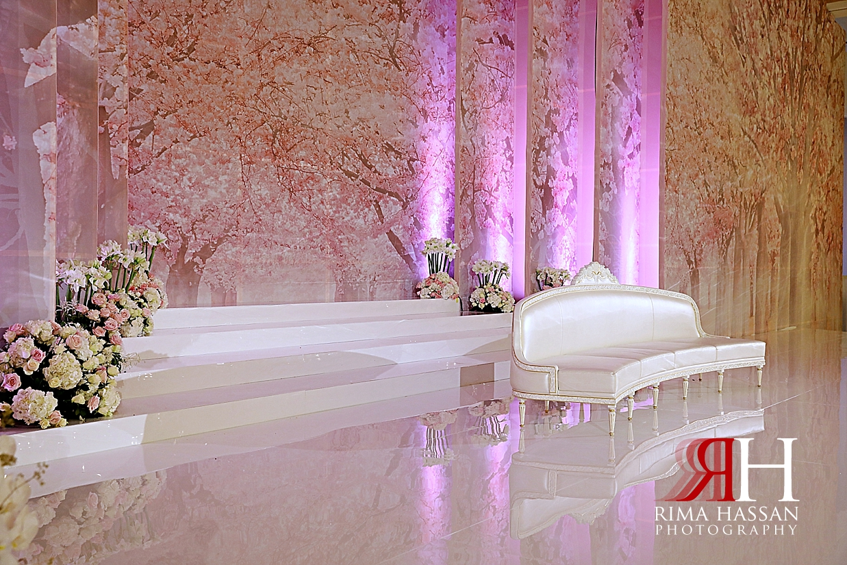 Grand_Hyatt_Wedding_Dubai_Female_Photographer_Rima_Hassan_kosha_stage_decoration_sofa