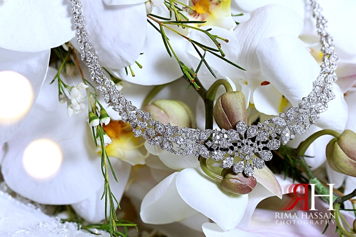 Mina_Salaam_Wedding_Dubai_Female_Photographer_Rima_Hassan_bride_jewelry_necklace