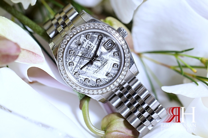 Mina_Salaam_Wedding_Dubai_Female_Photographer_Rima_Hassan_bride_jewelry_watch_rolex