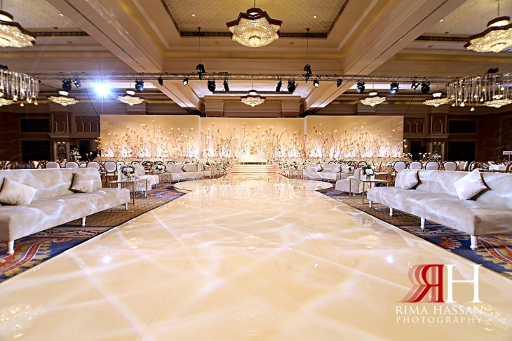 Mina_Salaam_Wedding_Dubai_Female_Photographer_Rima_Hassan_stage_kosha_decoration_dream