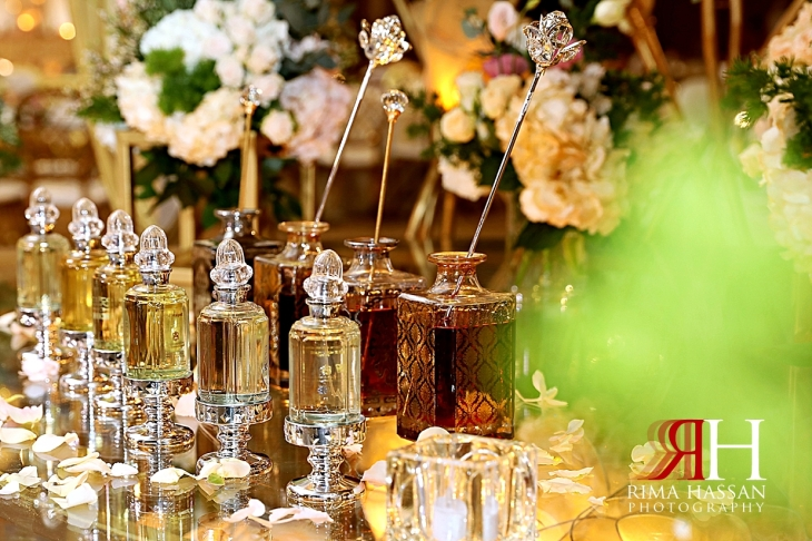 Mina_Salaam_Wedding_Dubai_Female_Photographer_Rima_Hassan_stage_kosha_decoration_perfumes
