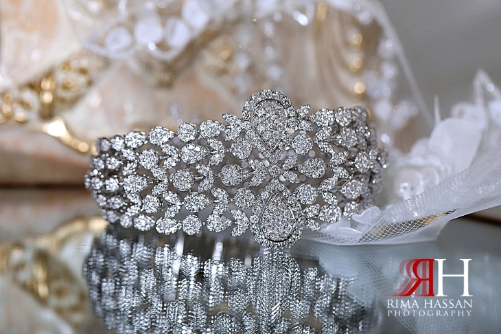 al_ain_khabisi-hall_wedding_female_photographer_rima_hassan_bride_jewelry_bracelet