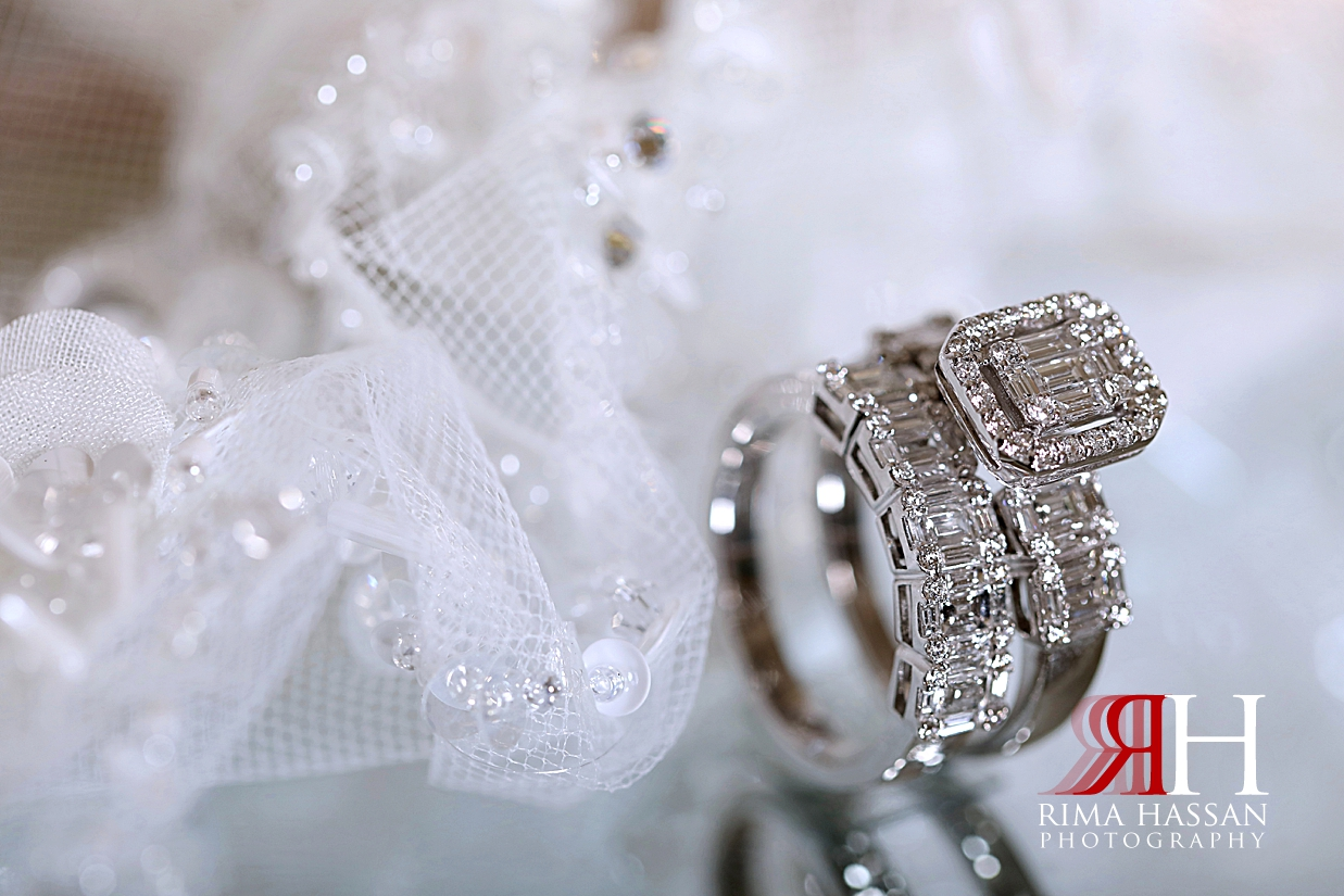 al_ain_khabisi-hall_wedding_female_photographer_rima_hassan_bride_jewelry_ring_band