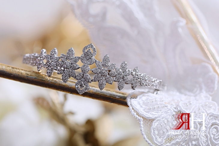 Al_Ain_Hili_Wedding_Female_Photographer_Rima_Hassan_bride_jewelry_bracelet