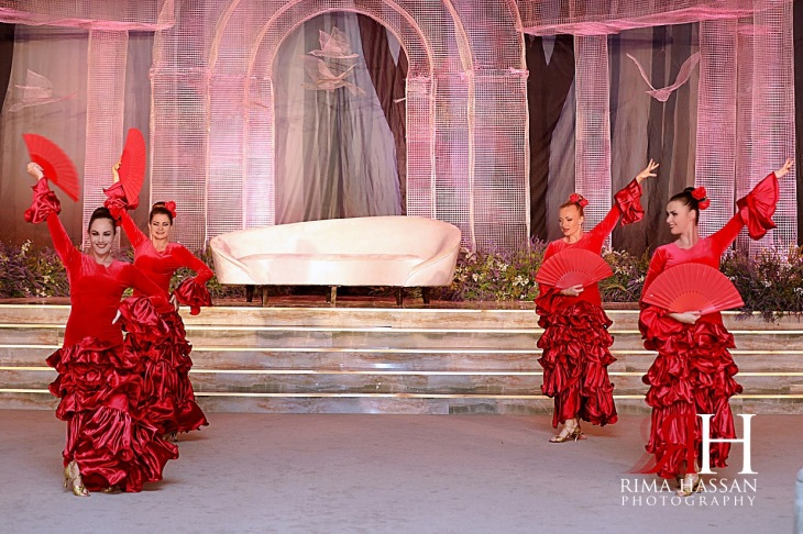 Jawaher_Sharjah_Wedding_Dubai_Female_Photographer_Rima_Hassan_entertainment_red_rose_salsa
