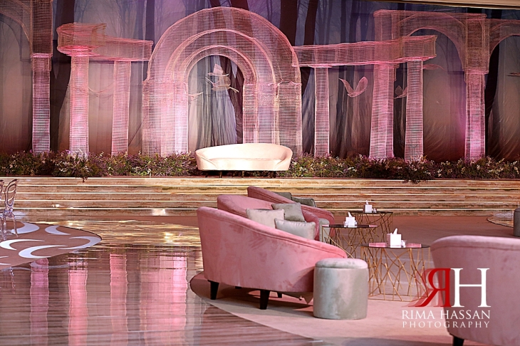 Jawaher_Sharjah_Wedding_Dubai_Female_Photographer_Rima_Hassan_kosha_stage_decoration