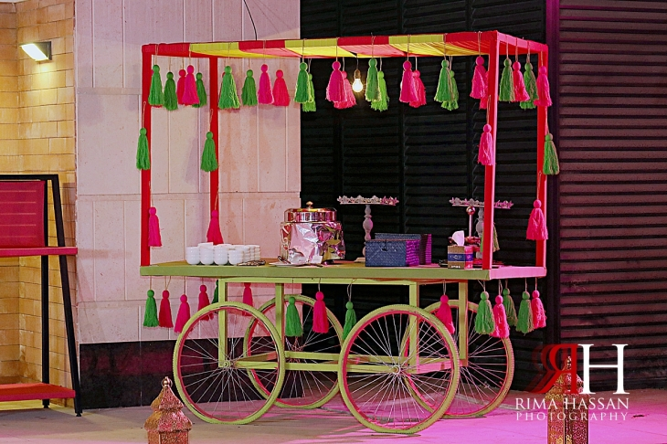 Pakistani_Dholki_Dubai_Female_Photographer_Rima_Hassan_stage_decoration_food_station