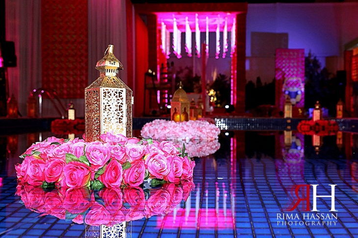 Pakistani_Dholki_Dubai_Female_Photographer_Rima_Hassan_stage_decoration_pool