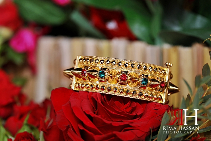 Arabic_Night_Dubai_Female_Photographer_Rima_Hassan_bride_jewelry_bracelet