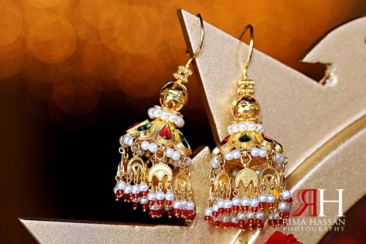 Arabic_Night_Dubai_Female_Photographer_Rima_Hassan_bride_jewelry_earrings