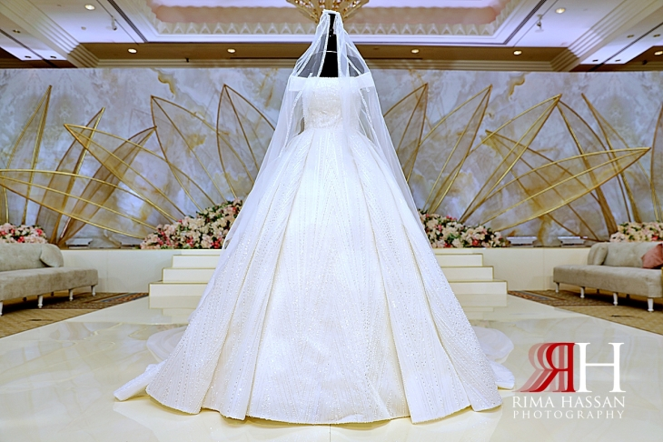 Grand_Hyatt_Dubai_Wedding_Female_Photographer_Rima_Hassan_kosha_stage_decoration_bride_dress