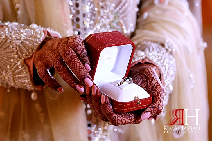 Jumeirah_Pakistani_Engagement_Dubai_Female_Photographer_Rima_Hassan_bride_ring
