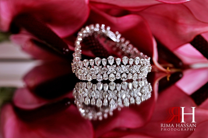 Palazzo_Versace_Wedding_Dubai_Female_Photographer_Rima_Hassan_bride_jewelry_bracelet
