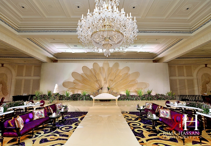 Palazzo_Versace_Wedding_Dubai_Female_Photographer_Rima_Hassan_stage_kosha_dream_decoration