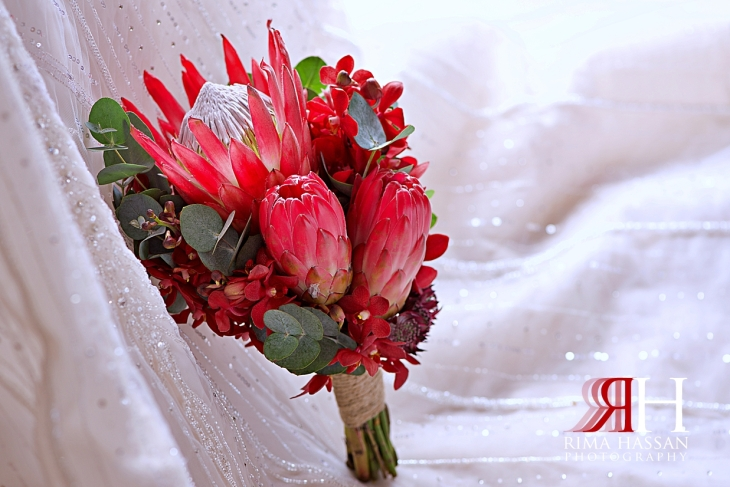 Grand_Hyatt_Dubai_Wedding_Female_Photographer_Rima_Hassan_bride_bouquet_fleuriste