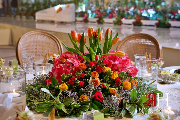 Grand_Hyatt_Dubai_Wedding_Female_Photographer_Rima_Hassan_kosha_stage_decoration_summer_centerpiece