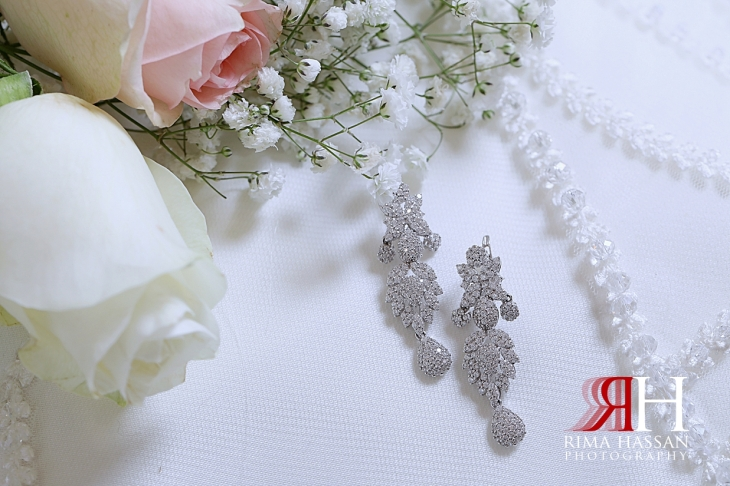 Barsha_Dubai_Wedding_Female_Photographer_Rima_Hassan_bride_jewelry_earrings