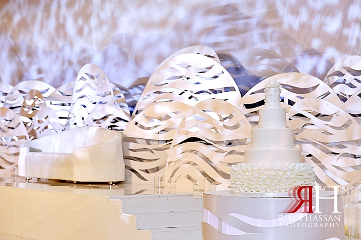 Barsha_Dubai_Wedding_Female_Photographer_Rima_Hassan_kosha_cloud_stage_decoration