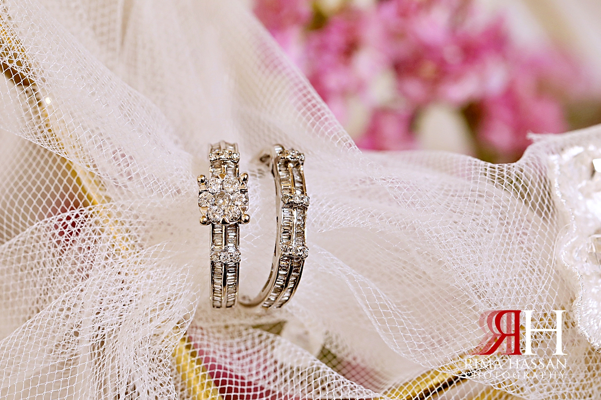 Barsha_Hall_Wedding_Dubai_Female_Photographer_Rima_Hassan_bride_jewelry_ring_diamond