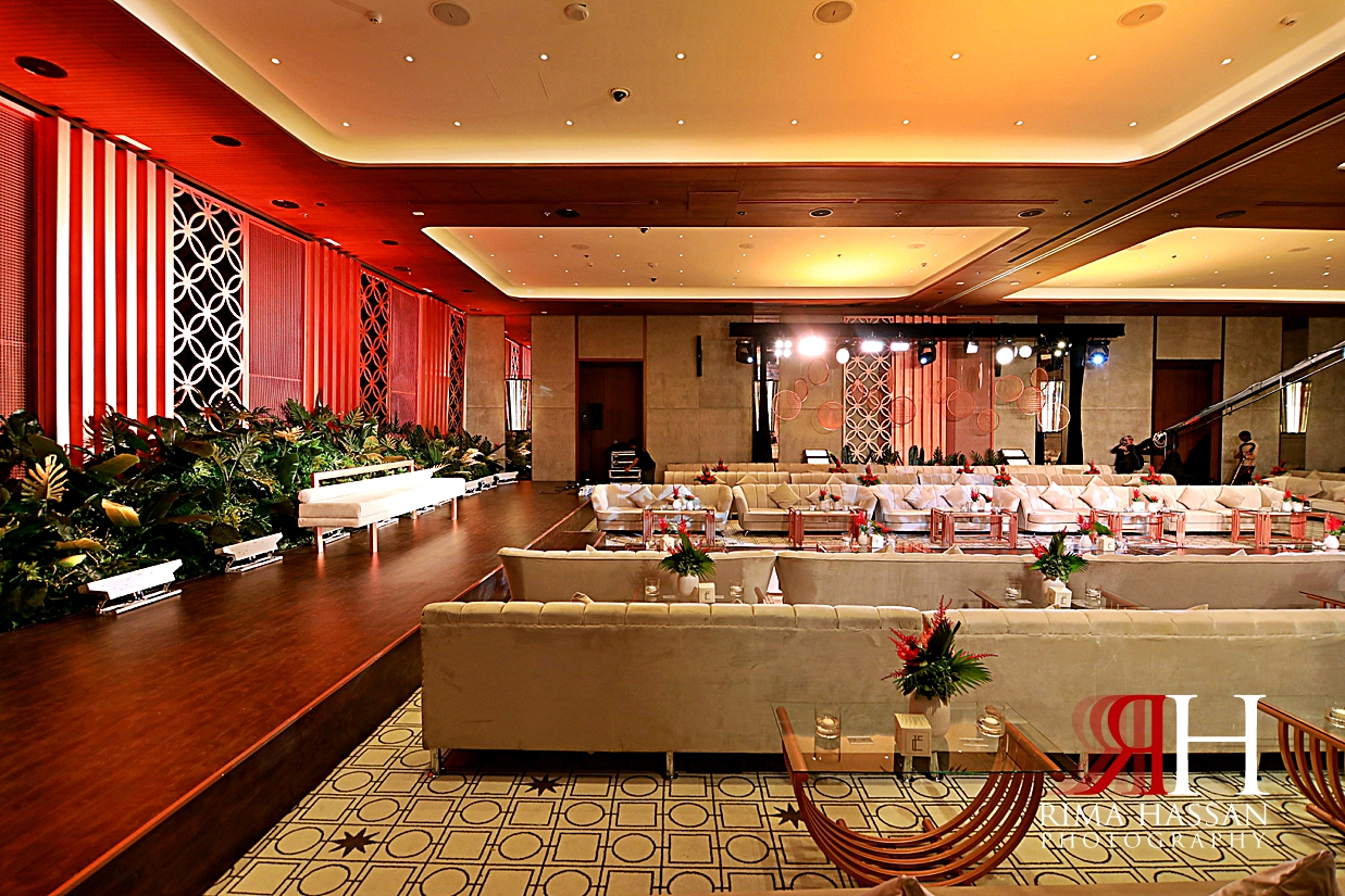 Bvlgari_Hotel_Wedding_Dubai_Female_Photographer_Rima_Hassan_Photography_stage_dream_kosha_decoration