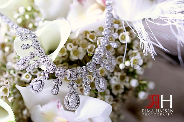 Sharjah_Sheraton_Wedding_Dubai_Female_Photographer_Rima_Hassan_bride_jewelry_necklace