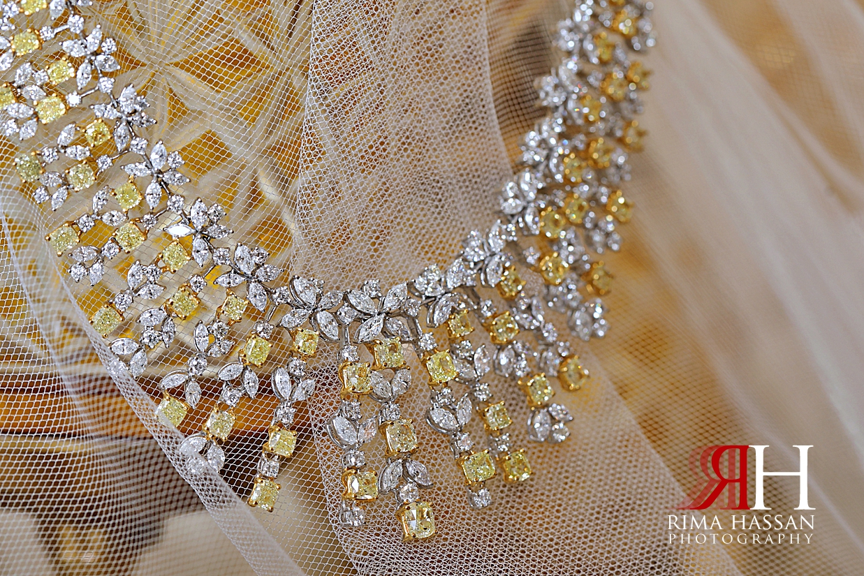 Grand_Hyatt_Dubai_Female_Photographer_Rima_Hassan_Photography_bride_jewelry_necklace