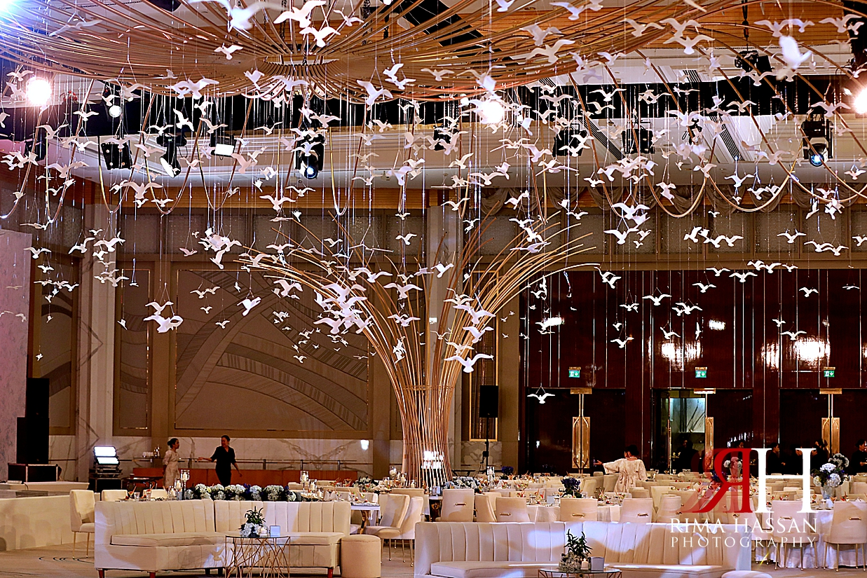 Grand_Hyatt_Dubai_Female_Photographer_Rima_Hassan_Photography_kosha_stage_decoration_birds_tress_theme